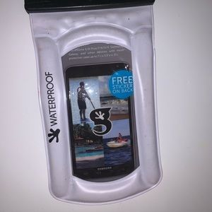 Waterproof bag for your phone